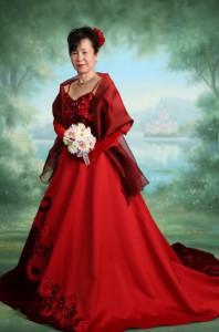 還暦ドレスフォト 赤ドレス